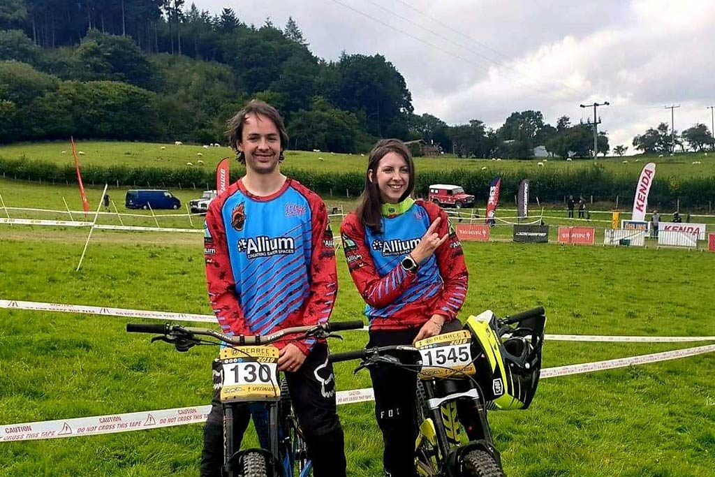 Evie Downhill Mountain Bike Allium Sponsorship